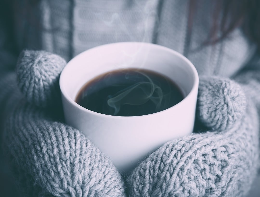winter-rash-warm-coffee-gloves