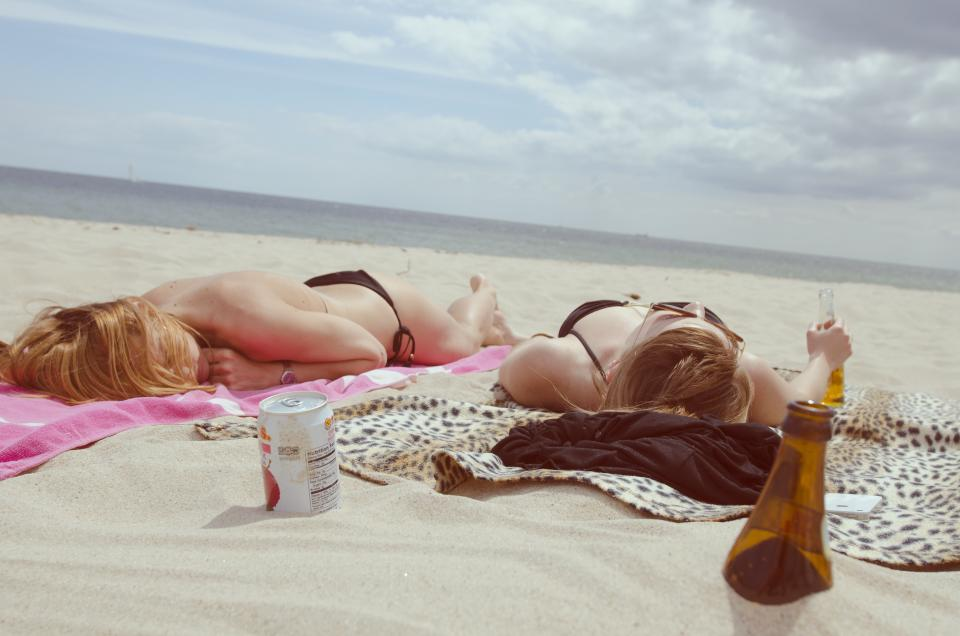skin cancer pictures sun-tanning