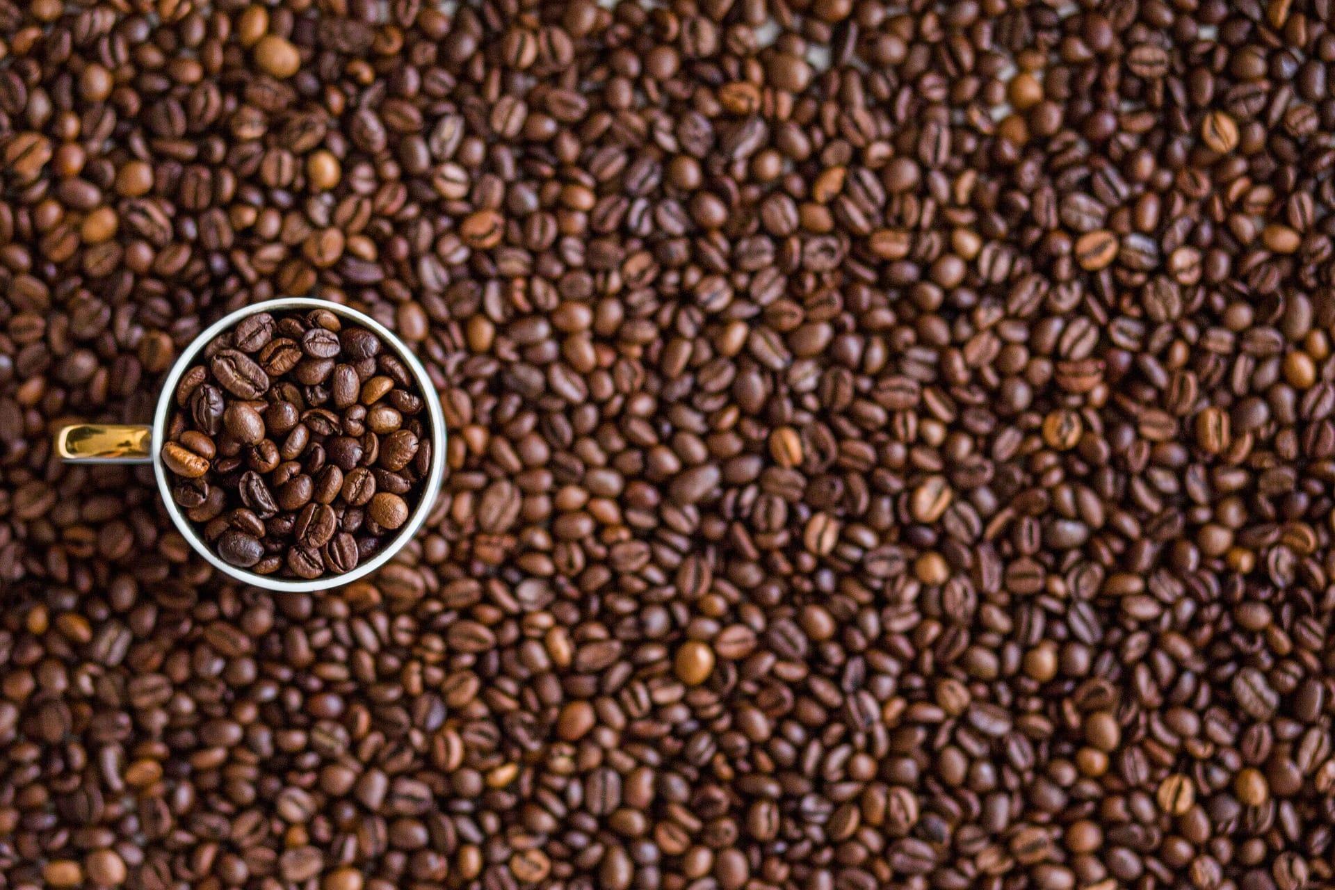 kaffe-kaffebönor-kaffekopp